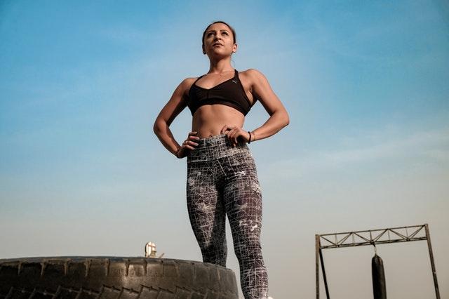 Cvičit ráno je skvělé v tom, že si svůj pohybový režim odbydete hned na začátku dne. (Pexels.com)