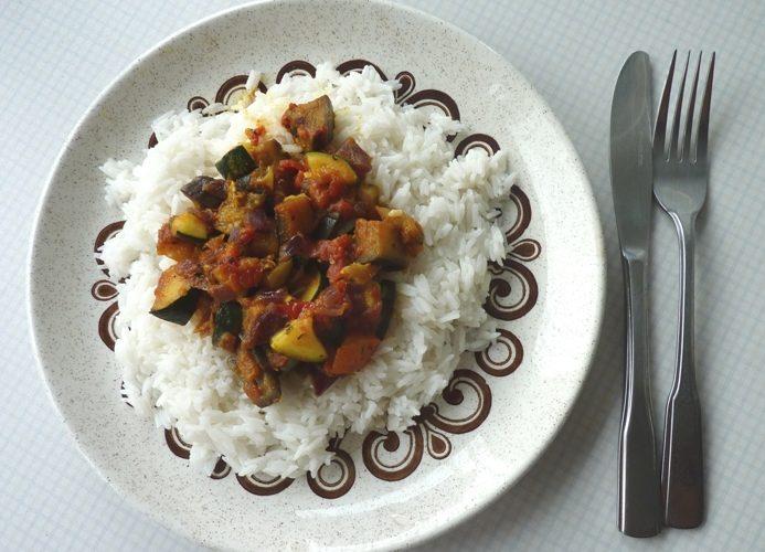 Kari s rýží