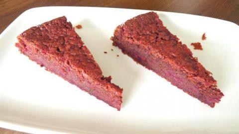 Čokoládová buchta zčervené řepy