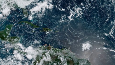 Hurikán Dorian nabírá na síle azřejmě ničivě zasáhne Floridu