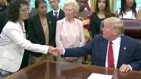 Trump se setkal spronásledovanými, kteří přežili náboženské represe