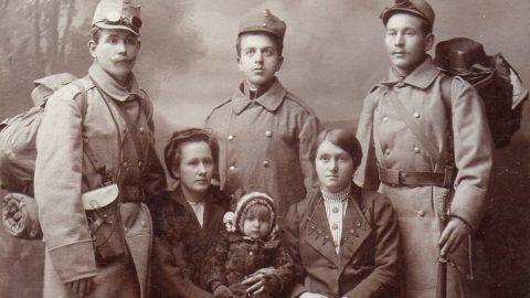 Armáda za císaře pána aarmáda za bolševika – jak se vojáci povolávali