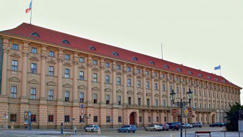 Ministerstvo zahraničních věcí se připojí kČervené středě