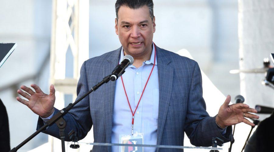 Tajemník státu Kalifornie Alex Padilla