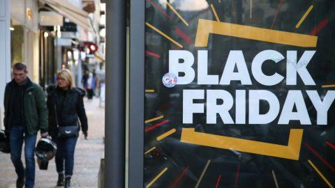 Black Friday nebo svátek dárcovství?