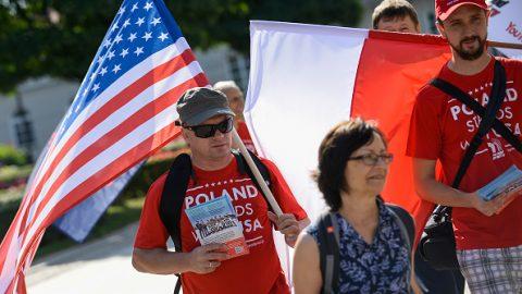Poláci budou moci cestovat do USA bez víz