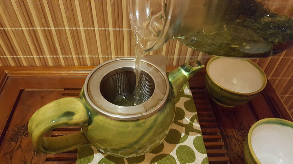 scezení čaje