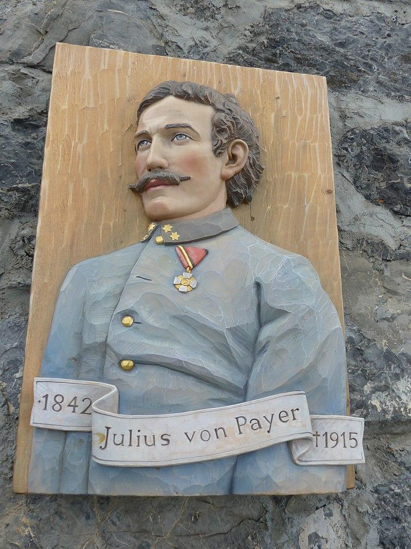 Pomník Payerovi. (Whgler/CC BY-SA 4.0)