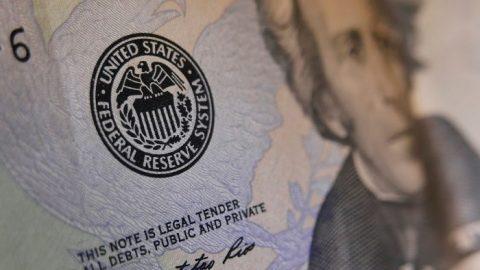 """Bankovní peníze: """"Kořen všeho zla"""""""