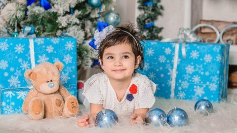 Rada od psychologa: Jak dětem vysvětlit, že nemohou na Vánoce dostat vše, co chtějí