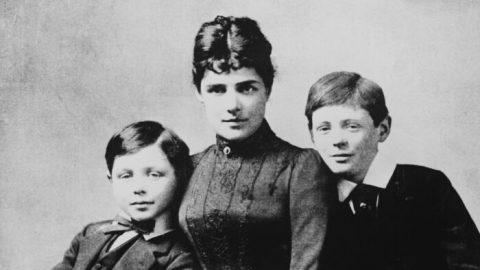 Matky asynové: Jennie aWinston Churchillovi