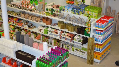 Co Češi nakupují na přelomu zimy ajara. Sortimentu vévodí zahrada, kuchyň, koupelny
