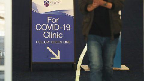 43 Australanů se zotavilo zkoronaviru. Vědci sprintují vhonbě za vakcínou