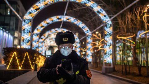 Čína: Pokles uživatelů mobilních telefonů o21 miliónů může naznačovat vyšší počet obětí koronaviru, než uvádí vláda