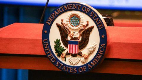 Rusko aČína šíří do světa falešné zprávy okoronaviru, varuje americké ministerstvo zahraničí