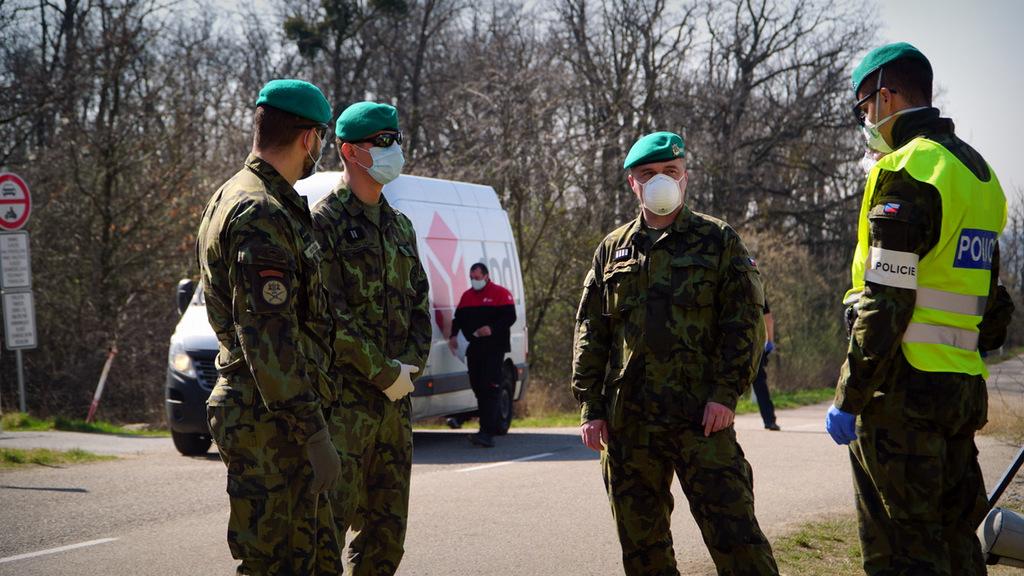 Vojáci Hranice Korona