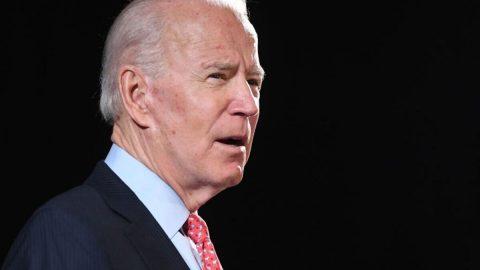 Kandidát na prezidenta USA obviněn ze sexuálního napadení