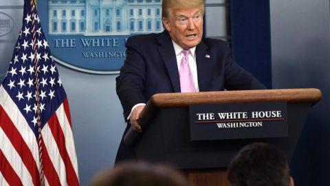 """Trump chce znovu otevřít hranice USA. Bude to prý """"největší rozhodnutí"""" jeho života"""