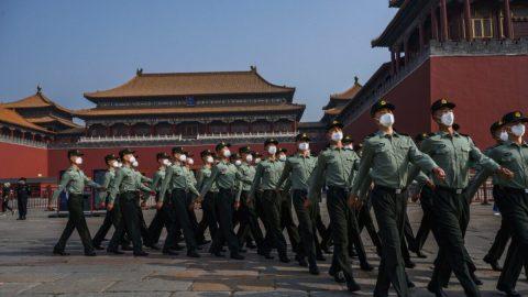 Peking zřejmě využívá síť robotů na twitteru na šíření dezinformací opandemii