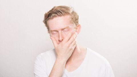 10 příznaků, že trpíte nedostatkem spánku aco se stím dá dělat