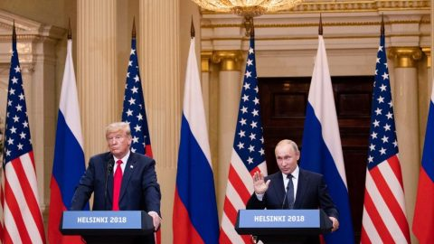 USA odstoupí od vojenské letecké dohody. Trump říká, že kvůli Rusku