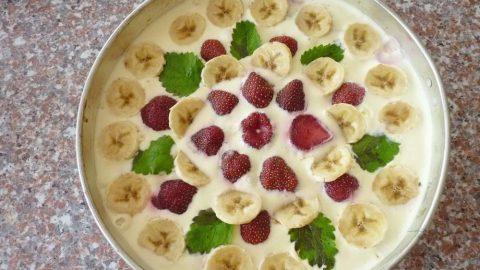 Recept: Nepečený tvarohový dort sjahodami
