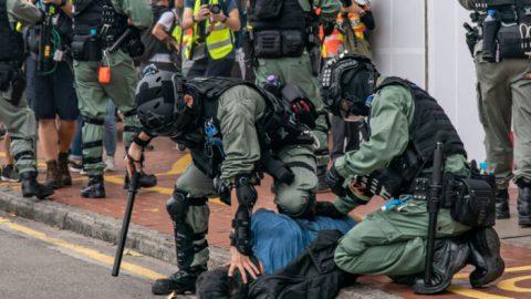 Británie aTchaj-wan nabízejí pomoc uprchlíkům zHongkongu
