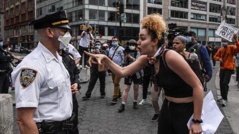 Průzkum: Většina černochů vUSA je pro zachování přítomnosti policie