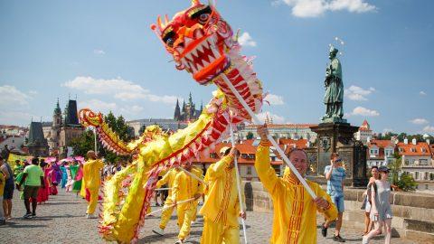 Jako yin ayang: Krása čínské kultury abolest, kterou přináší Komunistická strana Číny