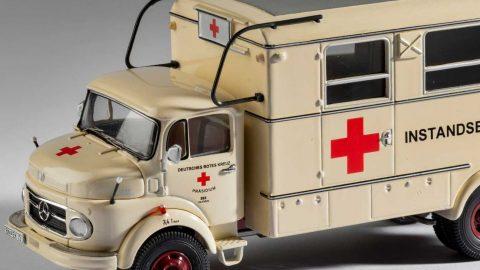 Záchrankou kolem světa: Muzeum vHradci Králové uvádí výstavu modelů sanitek