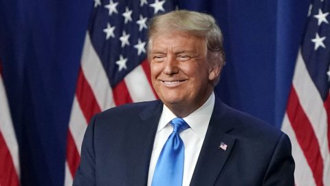 Trump formálně nominovaný na prezidentského kandidáta republikánů