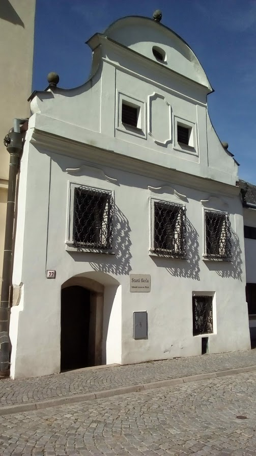 Původní stará škola v Polné, kdysi v Růžové ulici, kde se nacházelo nejstarší židovské osídlení v Polné. (Z. Danková / ET ČR)