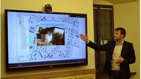 Mapové služby pomáhají sevidencí pozemků ihrobových míst