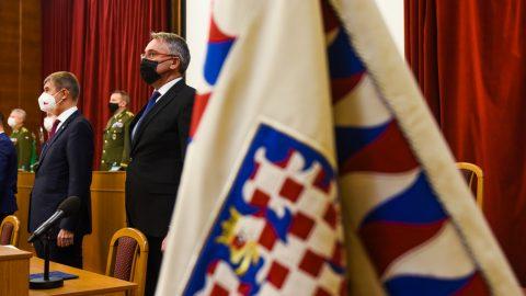 ČR: Armádní škrty nebudou, připravují se novinky