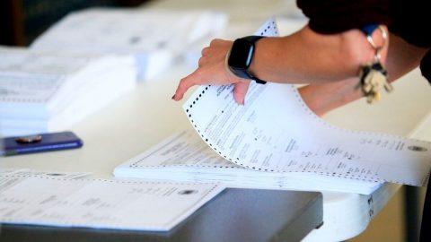 Volby vUSA: Soud prvního stupně vPennsylvánii nařídil dodržovat zákonem stanovenou lhůtu pro hlasování