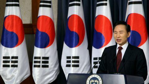 Bývalý jihokorejský prezident IMjong-bak byl odsouzen za korupci