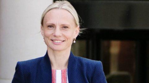 Kongresmanka, která vyrostla na Ukrajině, varuje před socialismem