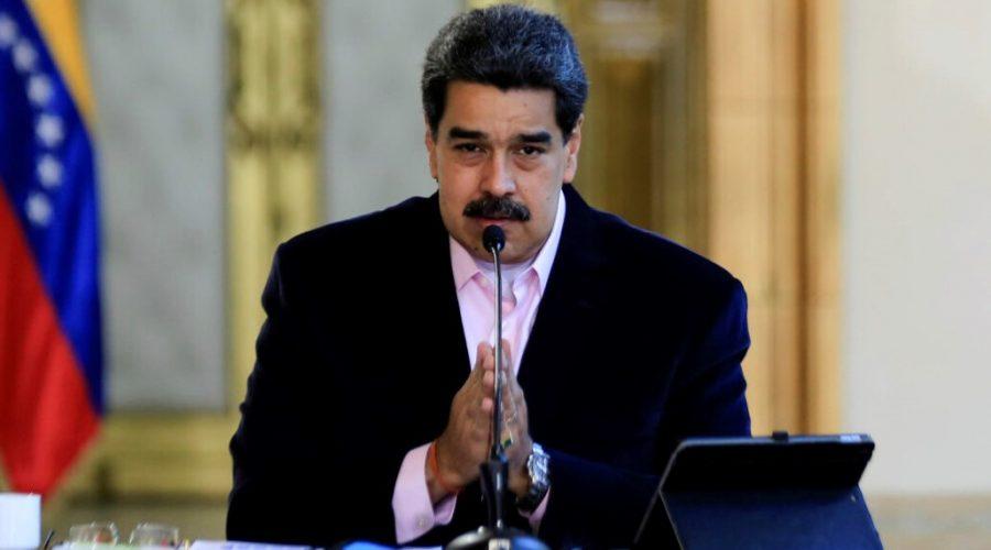 Venezuelský diktátor Nicolas Maduro během prohlášení v prezidentském paláci Miraflores ve venezuelském Caracasu 26. března 2020. (Jhonn Zerpa / venezuelské předsednictví / AFP prostřednictvím Getty Images)