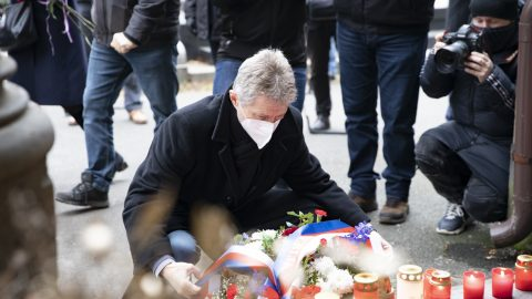 ČR: Schválený rozpočet vlády obsahuje škrty pro armádu