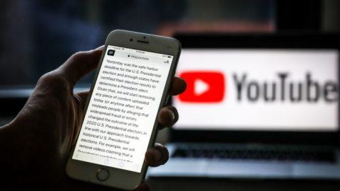 """YouTube začal cenzurovat videa obsahující informace o""""rozsáhlých podvodech nebo chybách"""" přiamerických volbách"""
