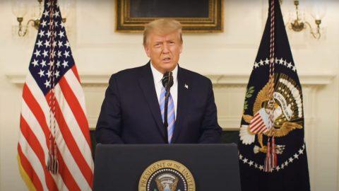 Trump: Ti, kdo porušují zákon, dopouštějí se vandalství nebo útočí na spoluobčany, nejsou mými skutečnými zastánci
