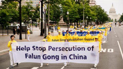 Čínský režim vroce 2020 pronásledoval více než 15000 příznivců Falun Gongu: Zpráva