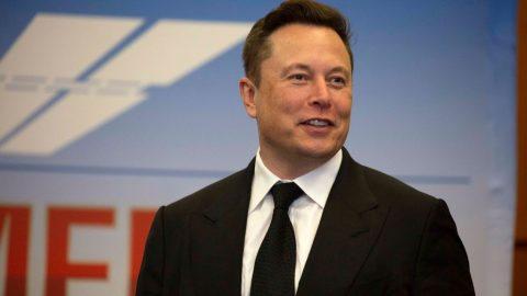 """Elon Musk: Velké technologické firmy jsou nyní """"soudci svobody projevu"""""""