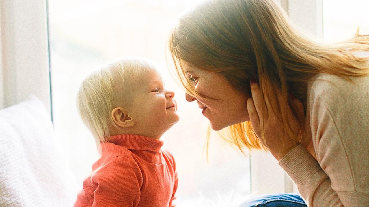 """""""Máma je pro dítě až do smrti absolutní hodnotou,"""" věřil Josef Švejcar. (Daria Shevtsova / Pexels)"""
