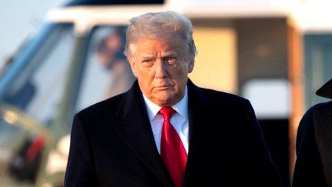 Trump reaguje na krok Twitteru, který trvale zablokoval jeho účet