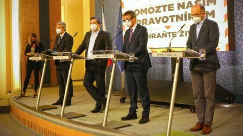Namátkové kontroly budou probíhat na území celé České republiky. Za porušení krizového opatření může být sankce až 20 tisíc korun
