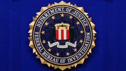 Soud vUSA uznal vinným bývalého právníka FBI, zfalšoval e-mail, aby spustil sledování Trumpova poradce Cartera Page