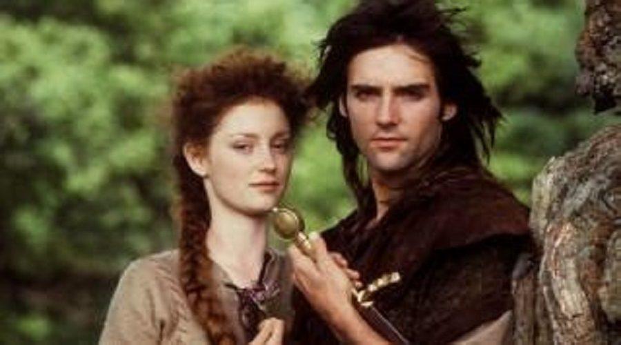 Robin Hood – irská verze s Michaelem Preadem a Judi Trott. (BBC)