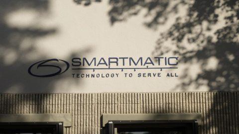 """""""Volební dozvuky zUSA"""" – Smartmatic podal žalobu na Fox News, Powellovou aGiulianiho"""