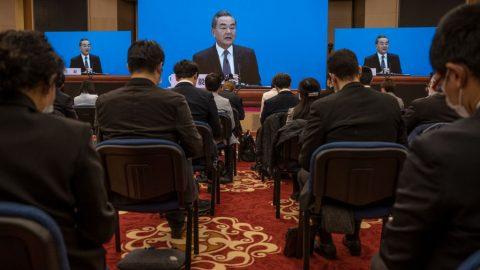 """Čínský režim žádá Bidena ozměnu """"nebezpečných praktik"""" Trumpovy administrativy vpodporování Tchaj-wanu"""